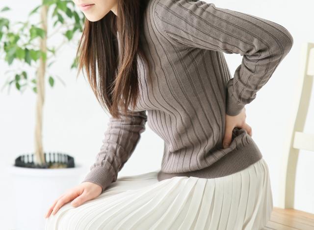 関節の動きpt6 前から腕を振り上げる動きで腰に負担がかかる